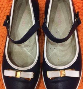 Туфли для девочки размер 36