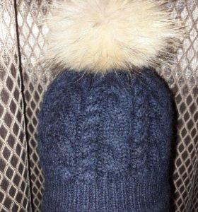 Полушерстяная шапка с натуральным помпоном 44-46