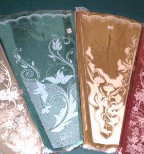 Упаковка цветная фольгированная для букетов