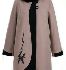 Новое пальто жен.