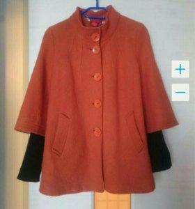 Шерстяное пальто 46р