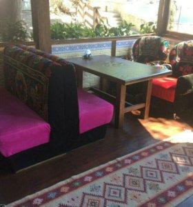 Мебель мягкая для бара.