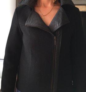 Пальто зимнее,не новое,но в хорошем состоянии