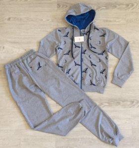 Спортивный костюм Armani, 8л