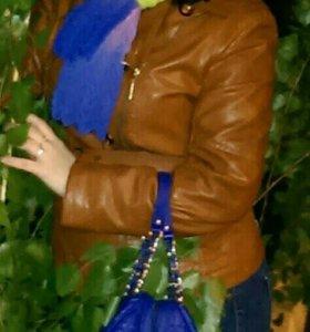 Куртка кож-зам весенне - осенняя в отличном состоя