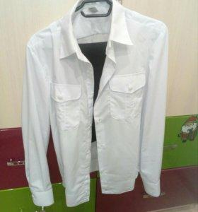Кадетская форма( 4 рубашки, брюки, китель, бирет).