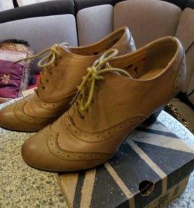 Туфли осенние 38 р.