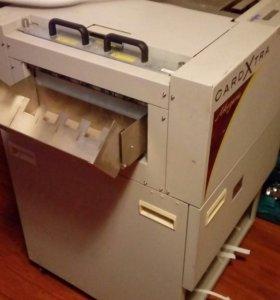 машина для резки визиток и открыток