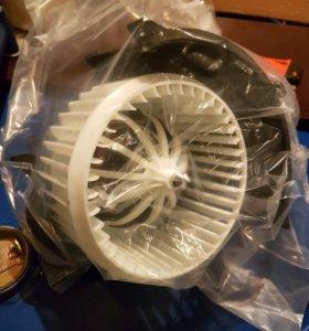 Мотор отопителя Audi Q7 06-Porsche Cayenne Toareg