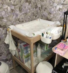 Пеленальный столик ikea + матрасик
