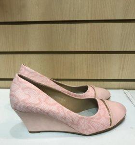 Туфли женские 41 размер новые