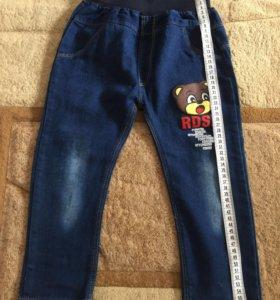 Новые джинсы на 4-5 лет