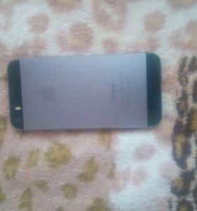 Айфон 5s 16 G.