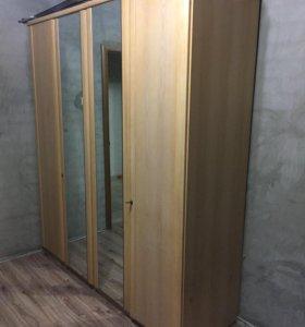 Отличный шкаф