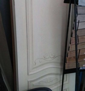 Двери с витрины магазина
