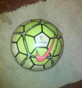 Мини мячь Nike