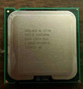 Двухъядерный процессор Intel Pentium E5700
