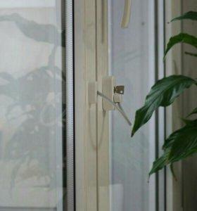 Детский блокиратор на окна