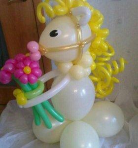 Лошадь из шаров