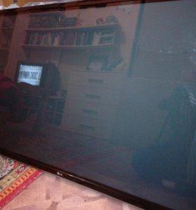 Плазменный Телевизор LG 50PM4700 разбита матрица