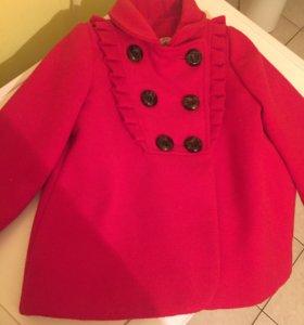Пальто на девчулю