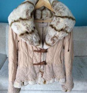 Красивая кроличья куртка