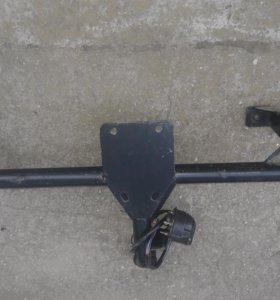 Прицепное устройство на приору  хечбек