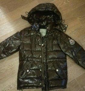 Курточка демисезонная мальчик возраст 4-5 лет