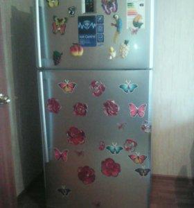 Холодильник гарнитур