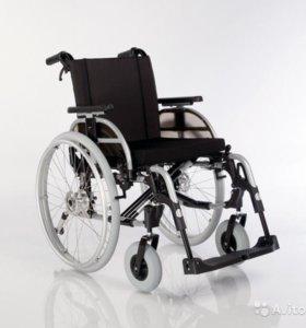 Коляска инвалидная новая ( в упаковке)