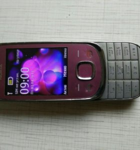 Телефон б/у в рабочем состоянии