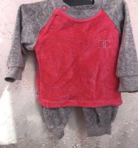 Детский костюм на девочку 62 см