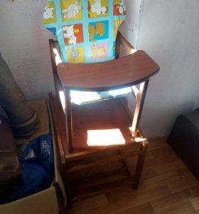 Детски стульчик и стол
