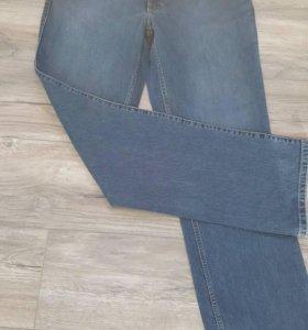 Продам новые джинсы мужские.