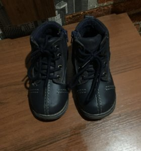 Весна-осень ботиночки и кроссовки для мальчика