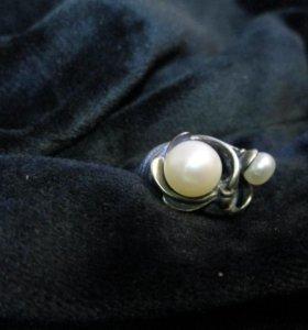 Кольцо серебро- жемчуг