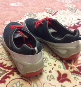 новые кроссовки WOODLAND