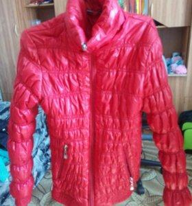 Куртка (женская) весна-осень