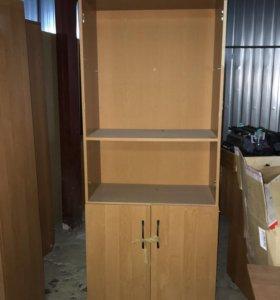 Шкафы офисные гардеробные