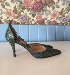 Туфли Christian Dior оригинал размер 37