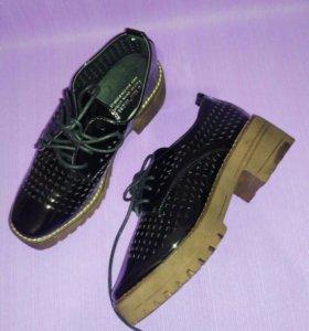 Ботинки туфли женские новые