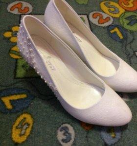 Туфли на девочку размер 37