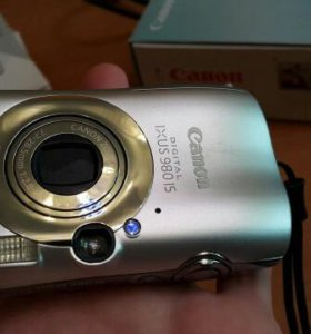Canon Digital ixus 980 IS (Made in Japan)
