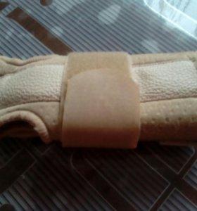 Ортез на лучезапястный сустав