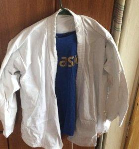 Бокс,кимоно и накладки на голеностоп