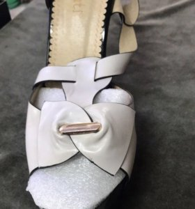 Туфли босоножки LeMonti