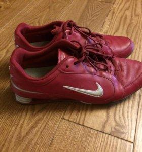 Кроссовки Nike р.37