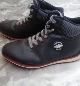 Зимние ботинки р.38 и р.40
