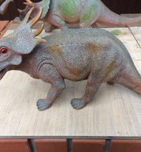 Динозавры коллекционные