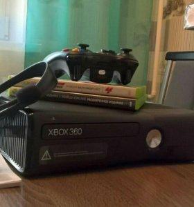 Xbox 360 Slim + 8 игр